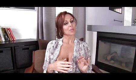 גבר מזיין חשפנית שלא מורידה את העקבים סרטי סקס לצפיה ישרה הגבוהים שלה