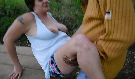 מצוץ צפיה ישירה בסרטי סקס לתיקייה, מצץ לבתו הקטנה, טעים.