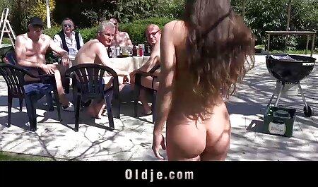 בחורה סרטים לצפייה ישירה בחינם סקס יפה עם תחתונים אדומים סיפקה את עצמה