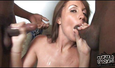 בחורות יפות מתעלסות עם צעצוע סרטי סקס צפיה ישירה חינם מין.