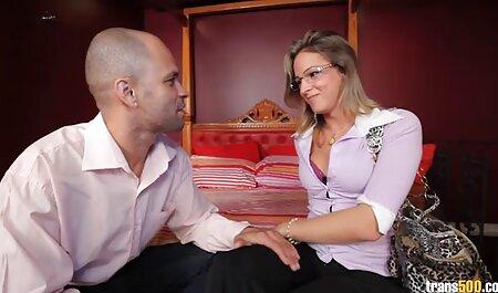 אוקראינה סרטי סקס לצפיה מידית מוצצת לאילונה בספא.