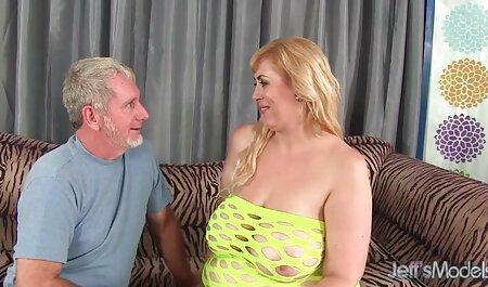 שתי צפייה ישירה סרטי סקס נשים עם חזה גדול אוננות גברית.