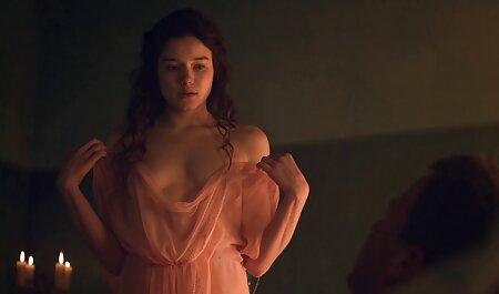 ג ' יין השופעת גורמת לעצמה להגיע סקס לצפיה ישרה בחינם לאורגזמה.