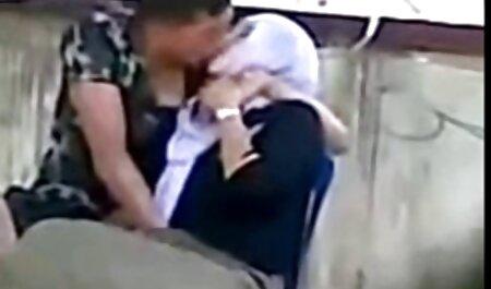 ילד צעיר צפיה ישירה סרטי סקס סקס עם דודה מבוגרת