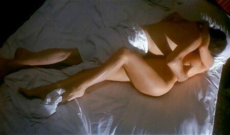 ראש מגולח קשור ואז ליטף על ידי סרטי סקס לצפיה חינם האתר