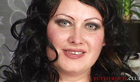 גברת צרפתייה בגרביונים סקס חינם לצפייה זיינה עובד במשרד