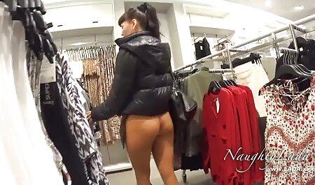 הבלונדינית בגרבונים עם תשוקה סקס צפיה ישירה חינם מלטפת ואגינה צמודה
